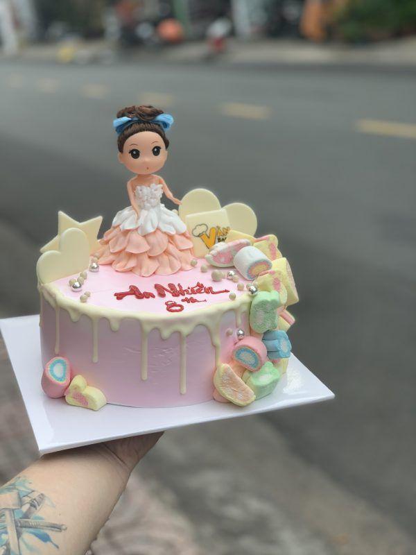 bánh fondant công chúa bé gái