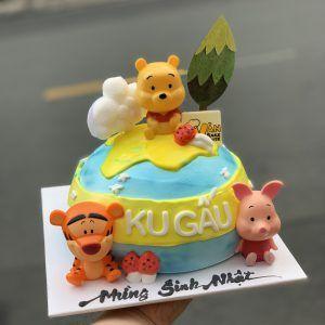 bánh fondant gấu pooh