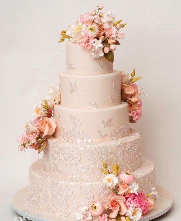 bánh cưới pastel